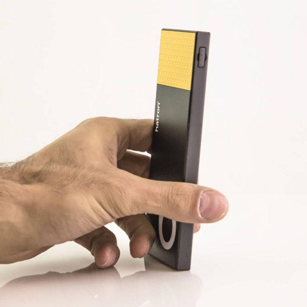 پاوربانک هترون مدل HPB6000 مشکی رنگ